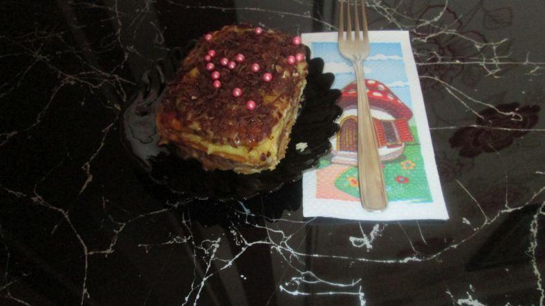 2 - бисквитена торта