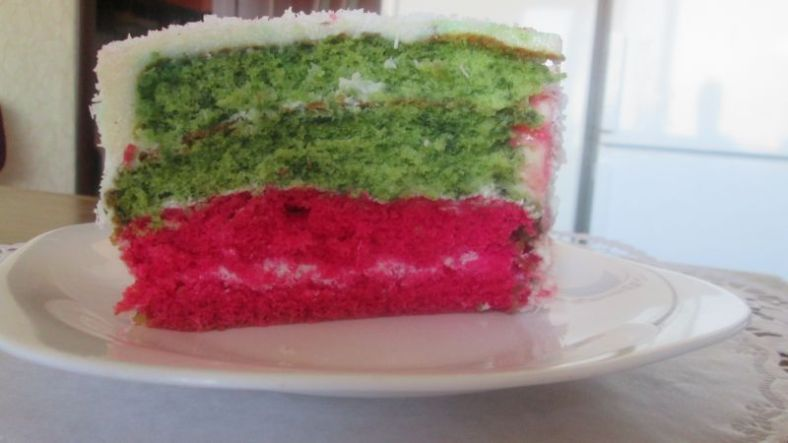 4 - трицветна торта